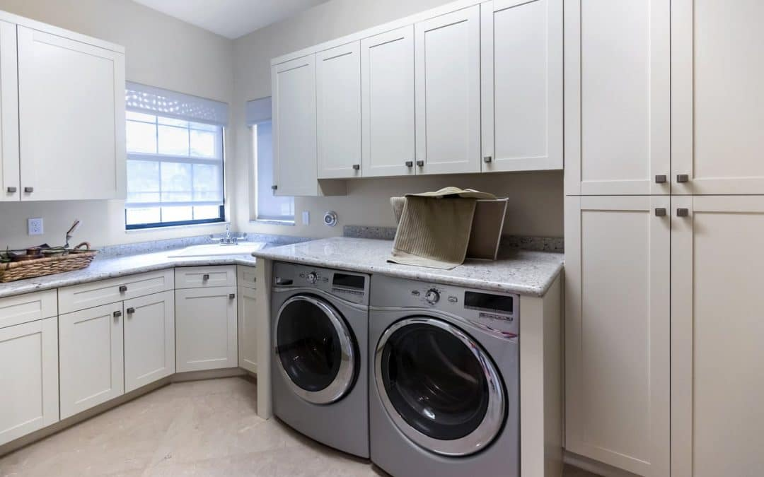 Should You Provide a Washer and Dryer For Your Tenants